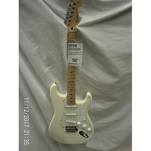 Fender 2014 Standard Stratocaster Solid Body Electric Guitar