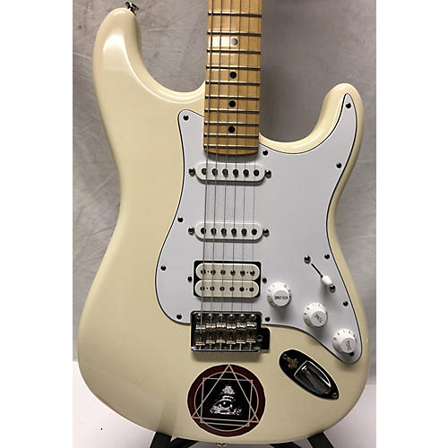 Fender 2015 GC USA PRO STRATOCASTER® HSS, MAPLE FINGERBOARD, OLYMPIC WHITE