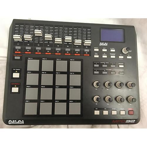Akai Professional 2015 MPD32 MIDI Controller