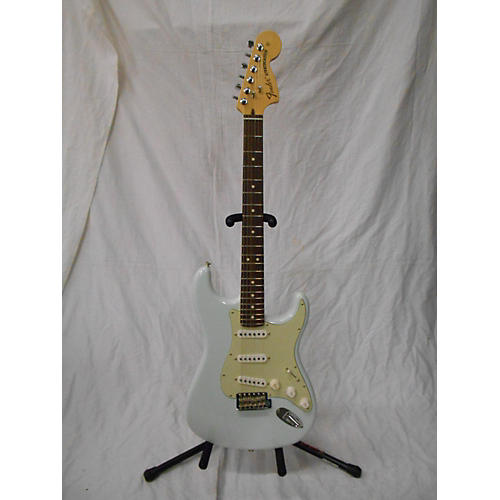 used fender 2016 american standard stratocaster solid body electric guitar sky blue guitar center. Black Bedroom Furniture Sets. Home Design Ideas