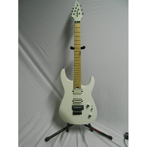 used jackson 2016 dinky 2h custom select special edition solid body electric guitar snow white. Black Bedroom Furniture Sets. Home Design Ideas