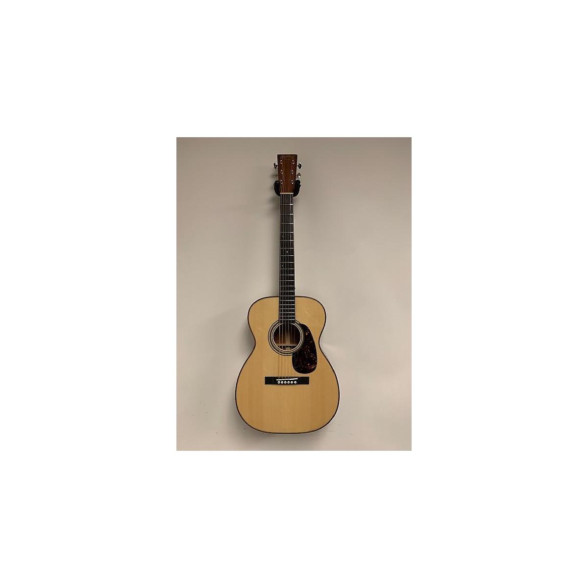 Martin 2017 00-14 Custom Shop Acoustic Guitar