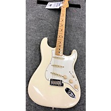 Fender 2017 American Standard Stratocaster Solid Body Electric Guitar