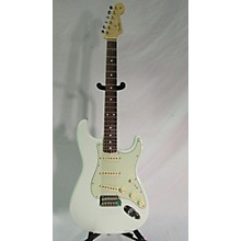 Fender 2017 Classic Series 1960S Stratocaster Solid Body Electric Guitar