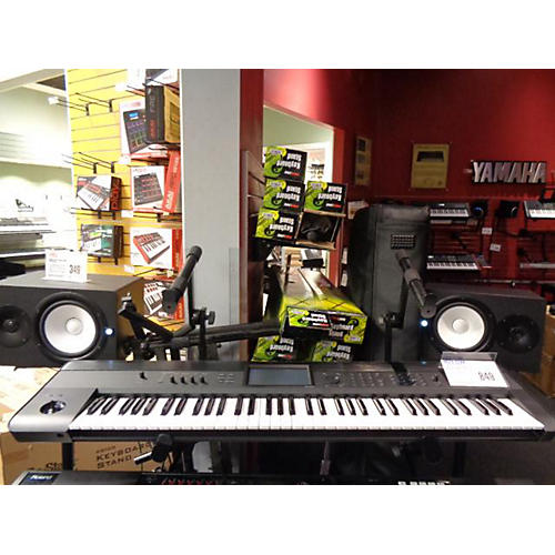 Korg 2017 Krome 73 Key Keyboard Workstation
