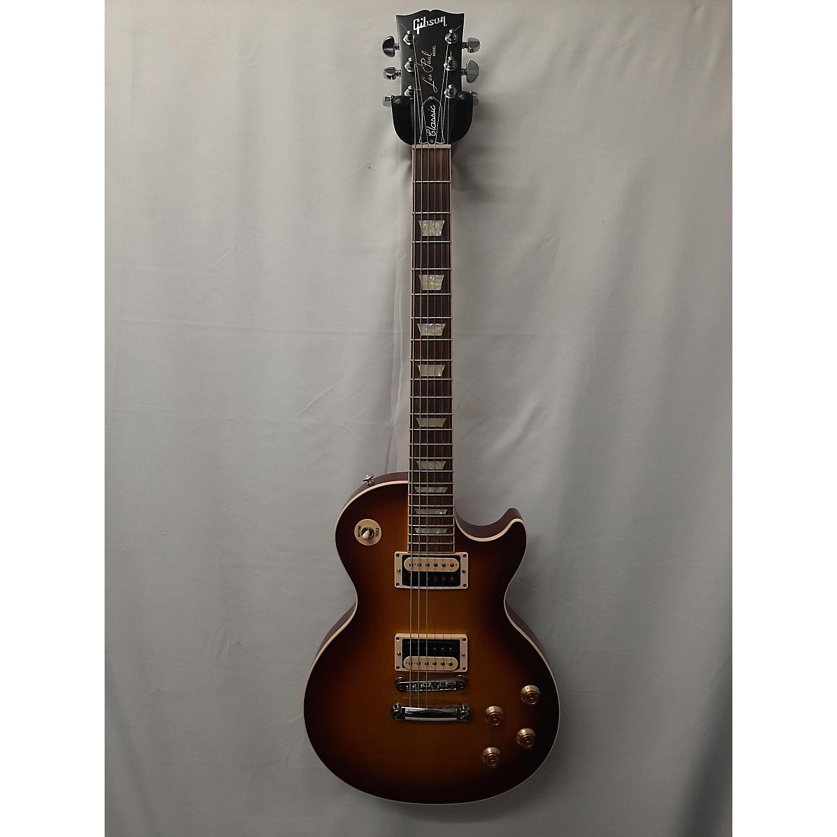 Gibson 2018 Les Paul Classic Solid Body Electric Guitar