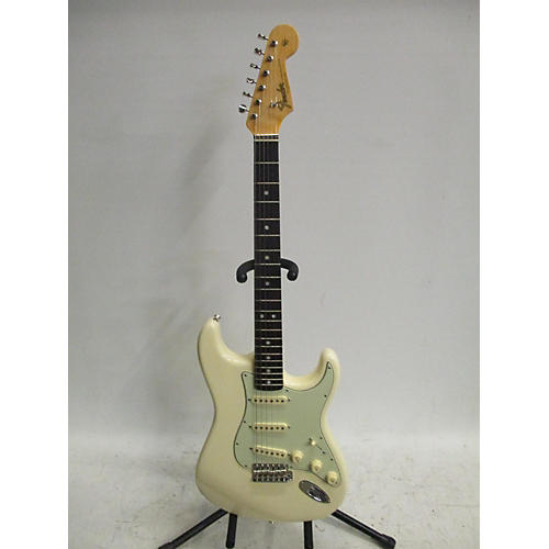 Fender 2019 American Original 60s Stratocaster Solid Body Electric Guitar