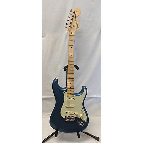 Fender 2019 American Performer Stratocaster SSS Solid Body Electric Guitar