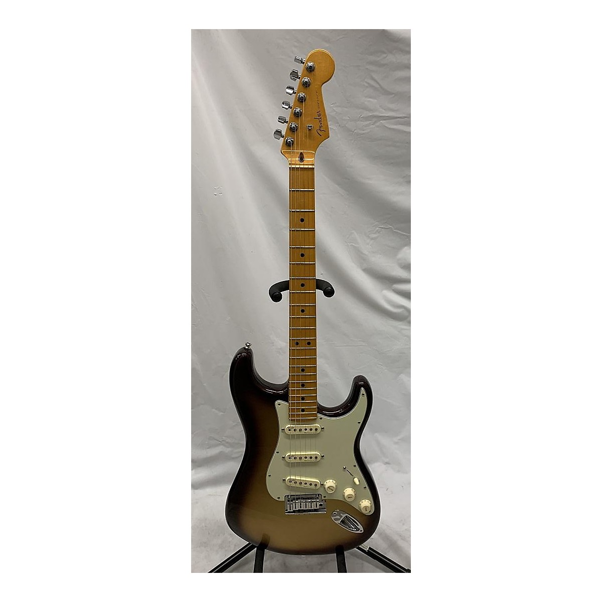 Fender 2019 American Ultra Stratocaster Solid Body Electric Guitar