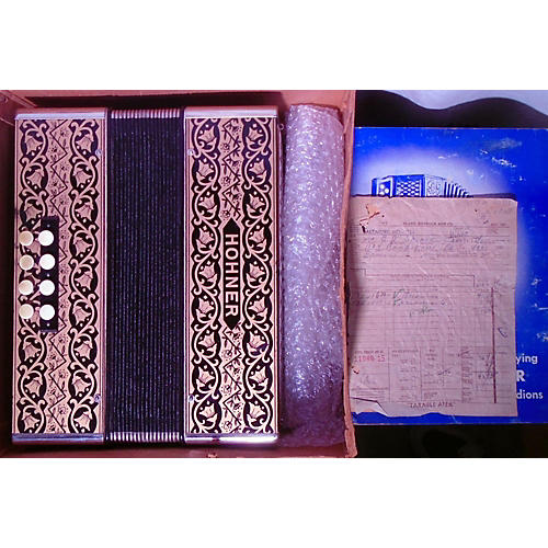 Hohner 2815 Pokerwork Vienna Folk Accordion