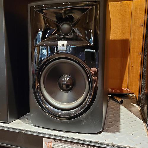JBL 305 MKII Powered Monitor