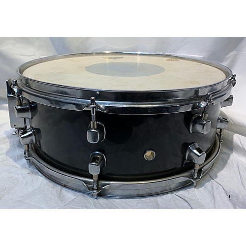 used yamaha 5x14 stage custom snare drum black 8 guitar center. Black Bedroom Furniture Sets. Home Design Ideas