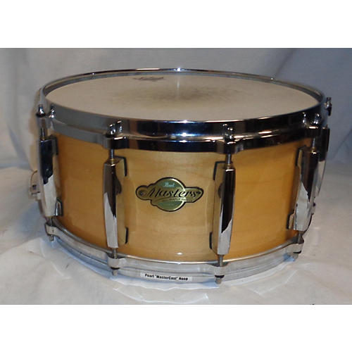 Pearl 6.5X14 Master Maple Snare Drum