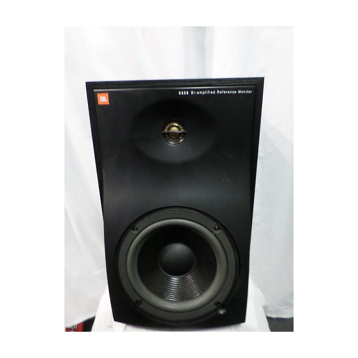 JBL 6208 Bi-Amplifier Powered Monitor