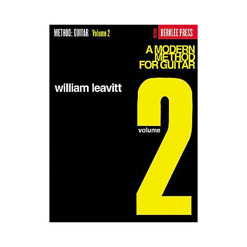 Hal Leonard A Modern Method for Guitar - Volume 2 Book