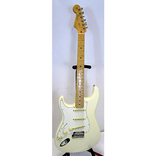 Fender AMERICAN PROFESSIONAL STRATOCASTER Electric Guitar