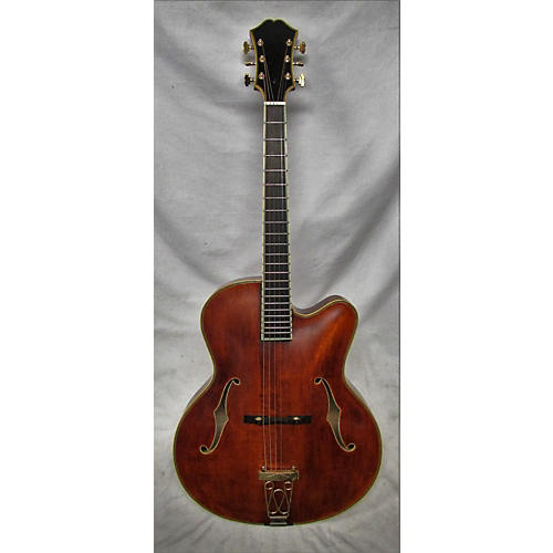 Eastman AR810E Hollow Body Electric Guitar