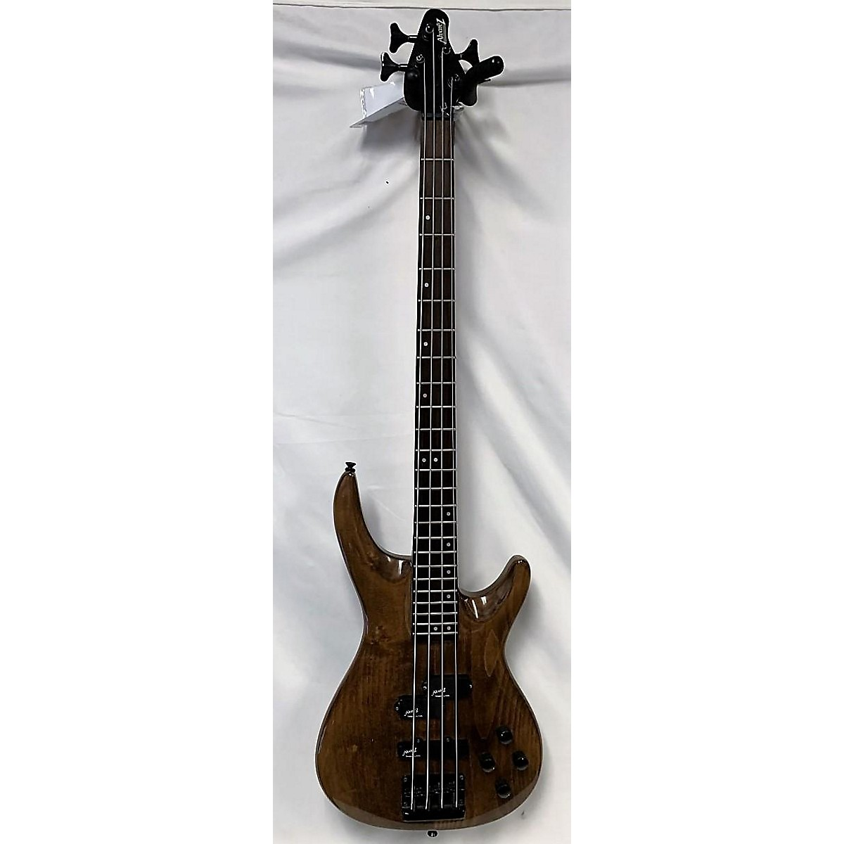 Alvarez Ae800wa Electric Bass Guitar