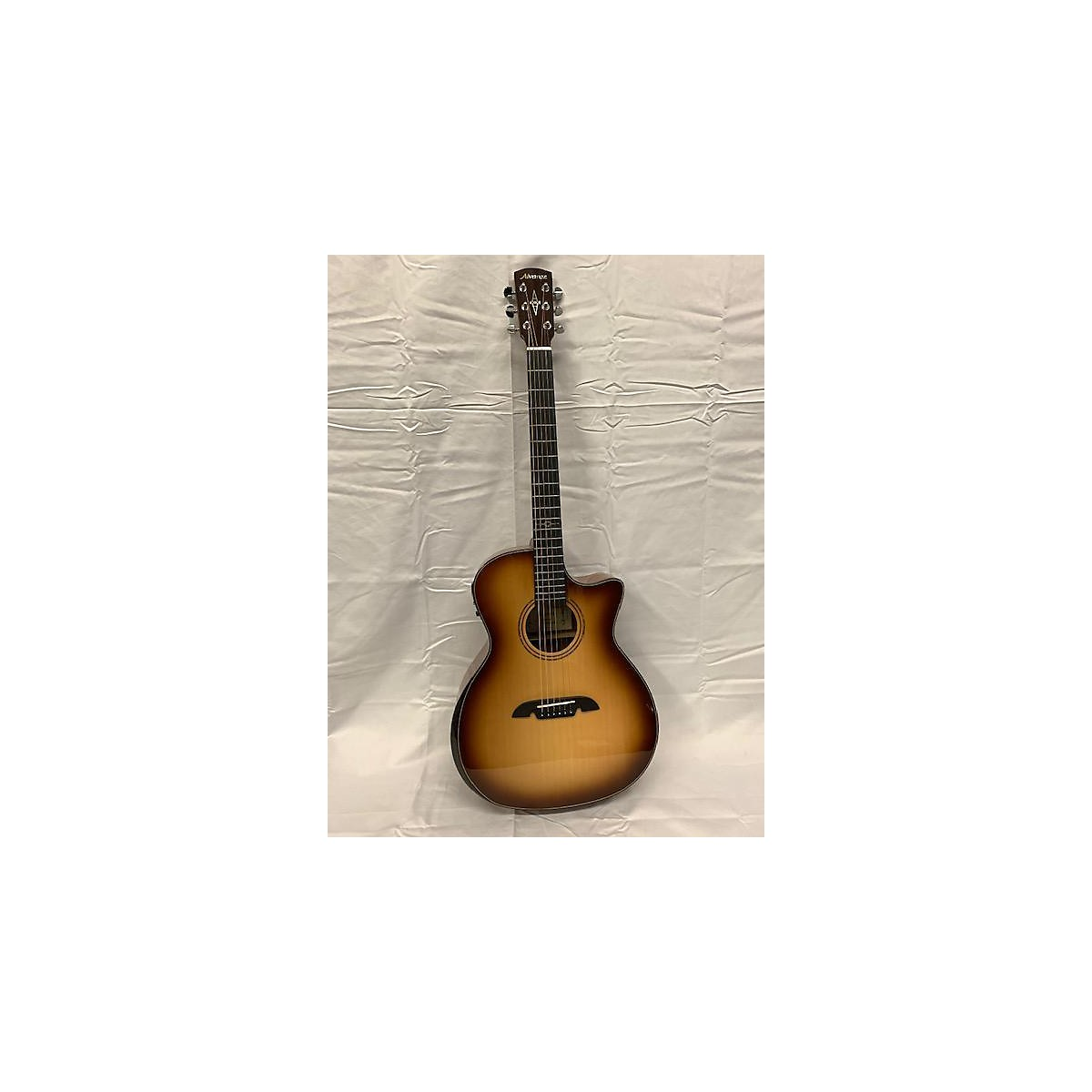 Alvarez Ag610cear Acoustic Electric Guitar