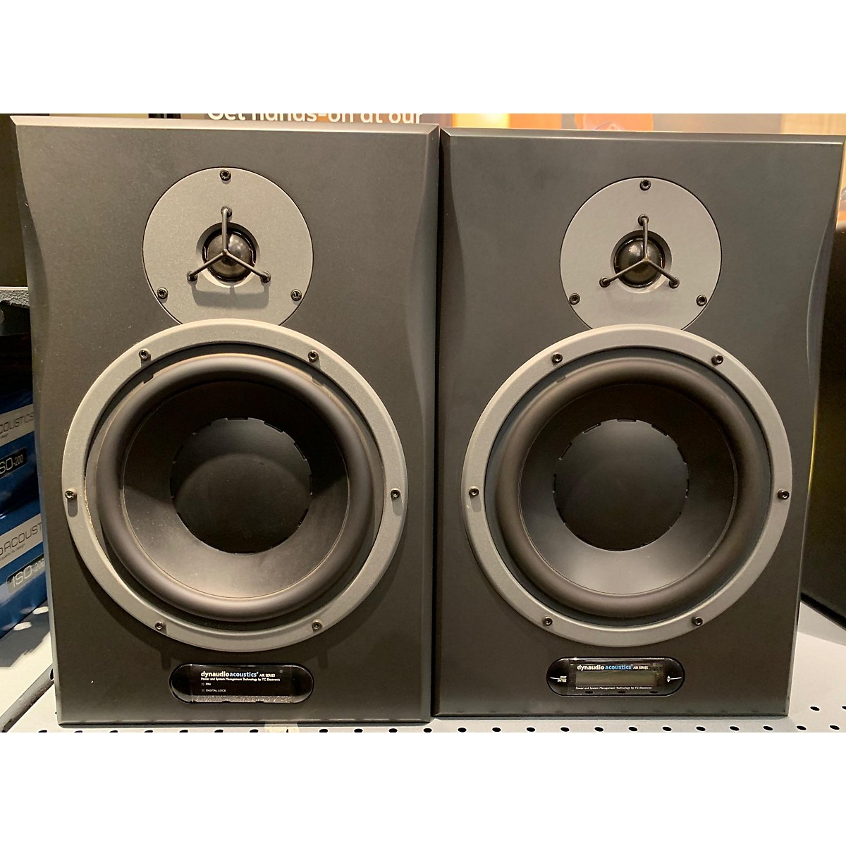 Dynaudio Air 15 (pair) Powered Monitor