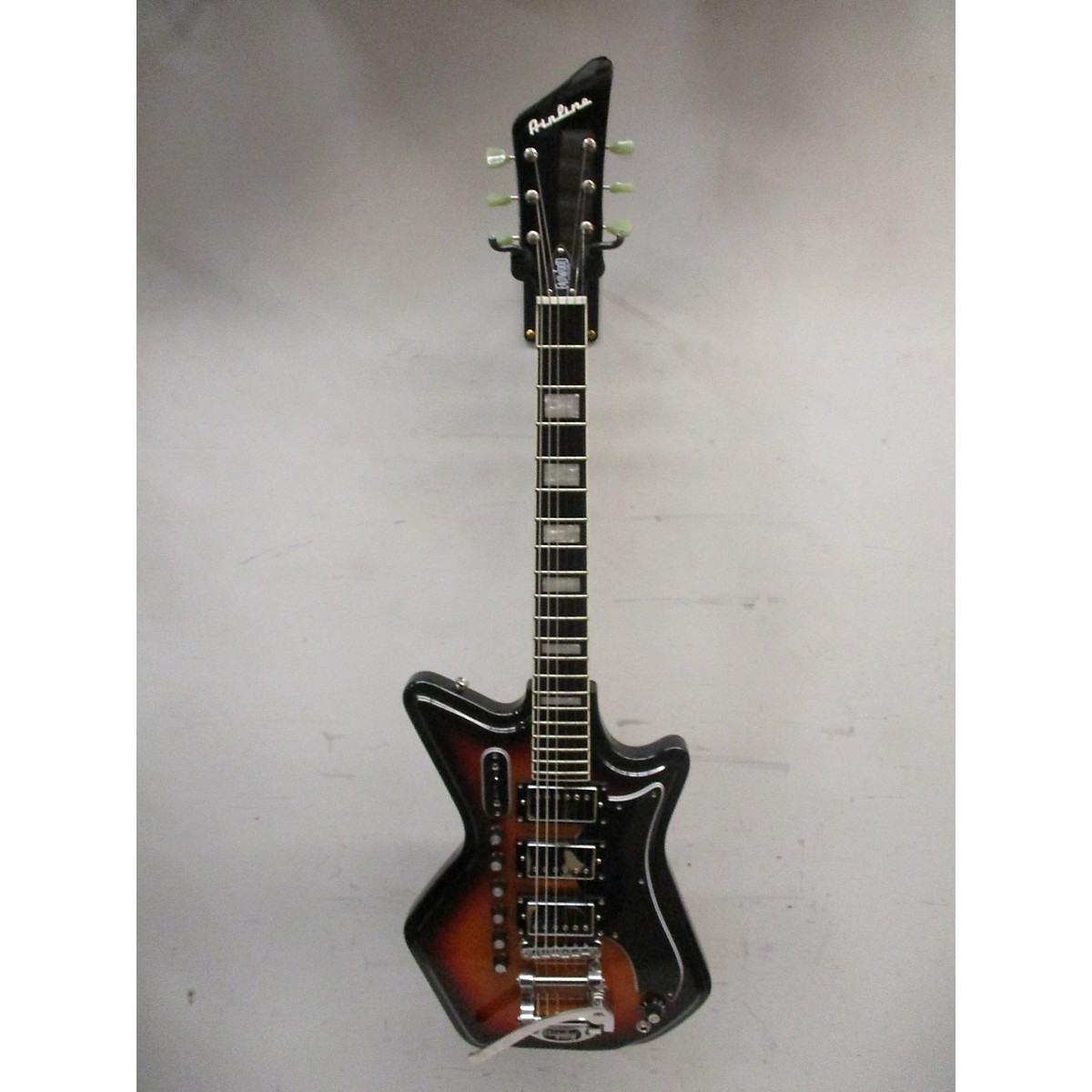 Eastwood Airline 59 3P DLX Solid Body Electric Guitar
