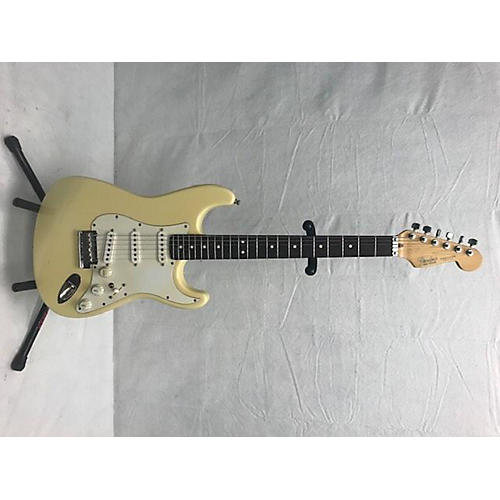 used fender american deluxe stratocaster solid body electric guitar vintage white guitar center. Black Bedroom Furniture Sets. Home Design Ideas