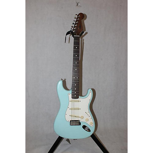 Fender Strat Rosewood Neck : used fender american professional stratocaster with rosewood neck solid body electric guitar ~ Vivirlamusica.com Haus und Dekorationen