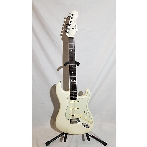 Fender American Showcase Stratocaster Solid Body Electric Guitar