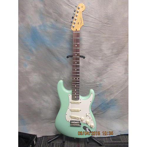 used american standard stratocaster surf green solid body electric guitar surf green guitar center. Black Bedroom Furniture Sets. Home Design Ideas