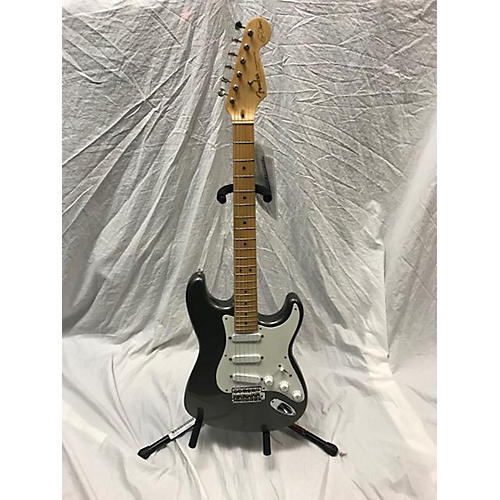 Fender Artist Series Eric Clapton Stratocaster Solid Body Electric Guitar