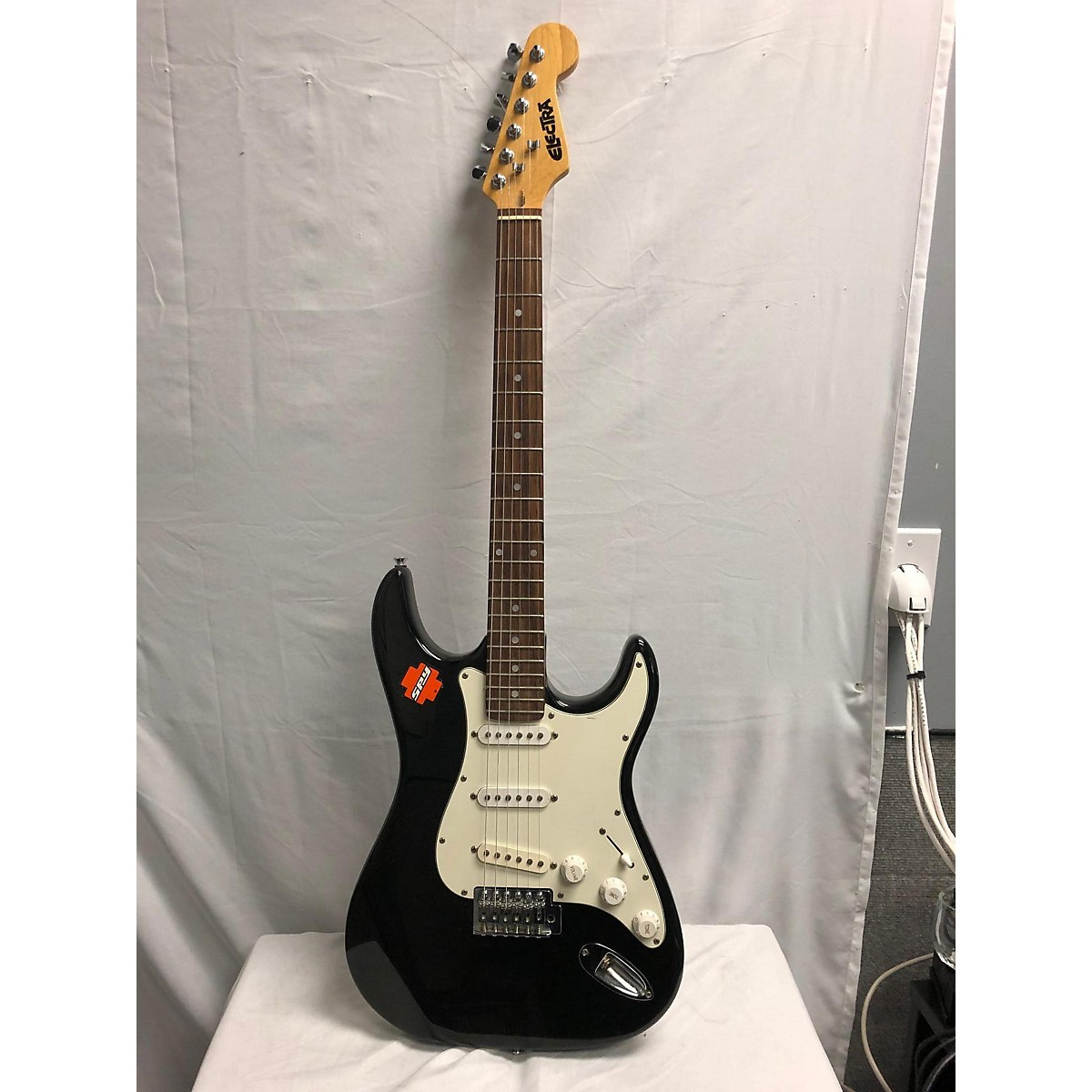 Electra Avenger Solid Body Electric Guitar