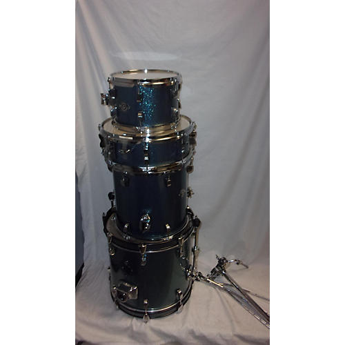 used ludwig breakbeats by questlove drum kit blue sparkle guitar center. Black Bedroom Furniture Sets. Home Design Ideas