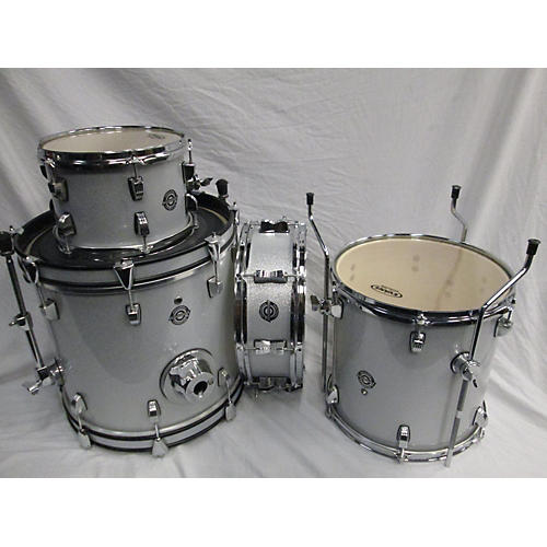 used ludwig breakbeats by questlove drum kit silver sparkle guitar center. Black Bedroom Furniture Sets. Home Design Ideas