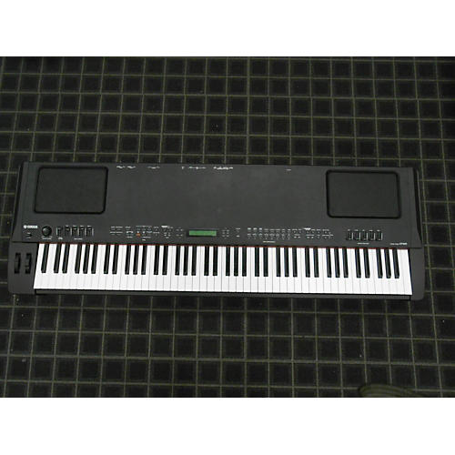 used yamaha cp300 88 key stage piano guitar center. Black Bedroom Furniture Sets. Home Design Ideas