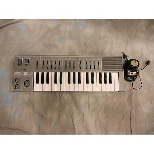 Yamaha CS01 Synthesizer