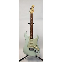 Fender Classic Player '60s Stratocaster Solid Body Electric Guitar