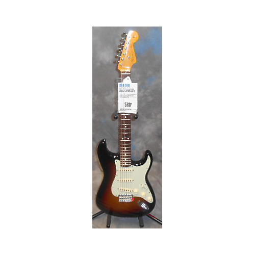 Fender Classic Series 1960S Stratocaster Solid Body Electric Guitar