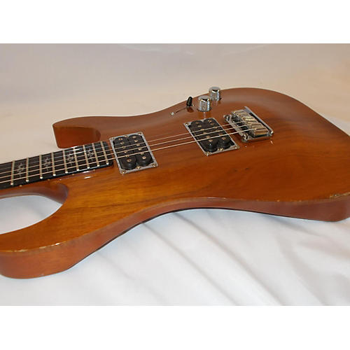 Fender Custom Shop Showmaster Elite Stratocaster Koa Top Solid Body Electric Guitar