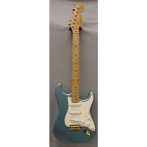 Fender Custom Shop Stratocaster 1958 Solid Body Electric Guitar