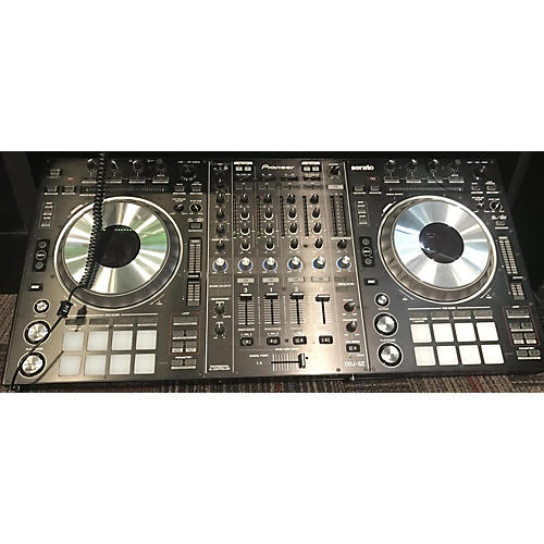 Pioneer DDJ-SZ Digital Mixer