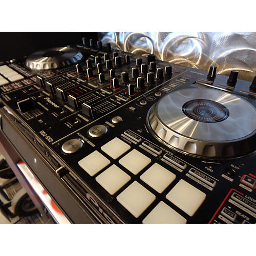 used pioneer ddjsx2 dj controller guitar center. Black Bedroom Furniture Sets. Home Design Ideas