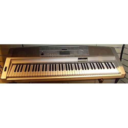 Yamaha DGX300 Digital Piano
