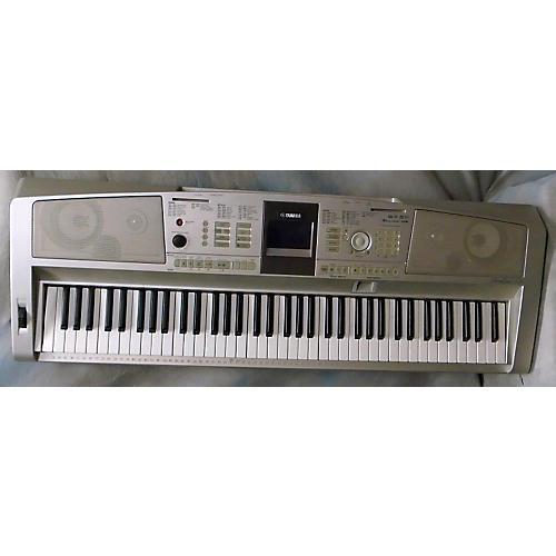 Yamaha DGX305 Portable Keyboard