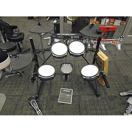 used alesis dm5 electronic drum set guitar center. Black Bedroom Furniture Sets. Home Design Ideas