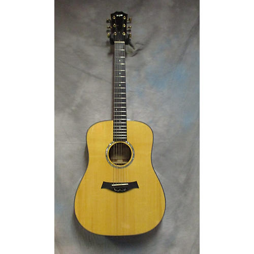 Taylor DN CUSTOM Acoustic Guitar