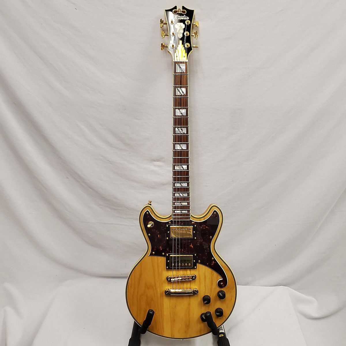 D'Angelico Deluxe Series Brighton Solid Body Electric Guitar