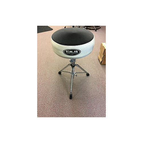 used pork pie drum throne drum throne guitar center. Black Bedroom Furniture Sets. Home Design Ideas