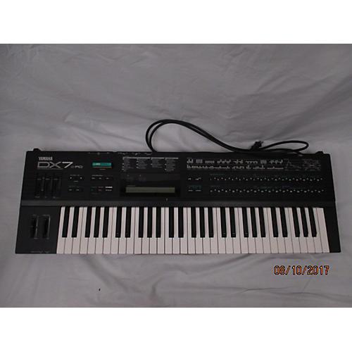 Yamaha Dx7 Ii Synthesizer