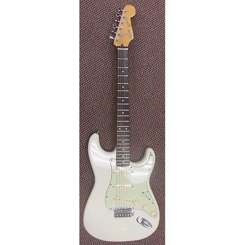 used squier e series korea strat solid body electric guitar guitar center. Black Bedroom Furniture Sets. Home Design Ideas