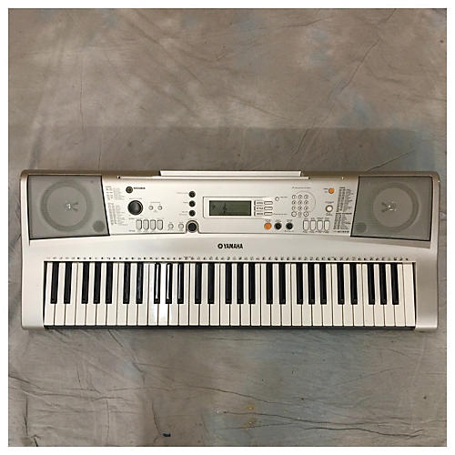 Yamaha E313 Digital Piano